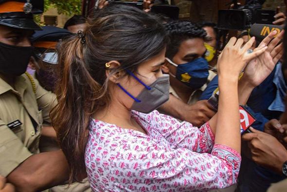 Witness In Ssr Case Made Uturn Before Cbi - Sakshi