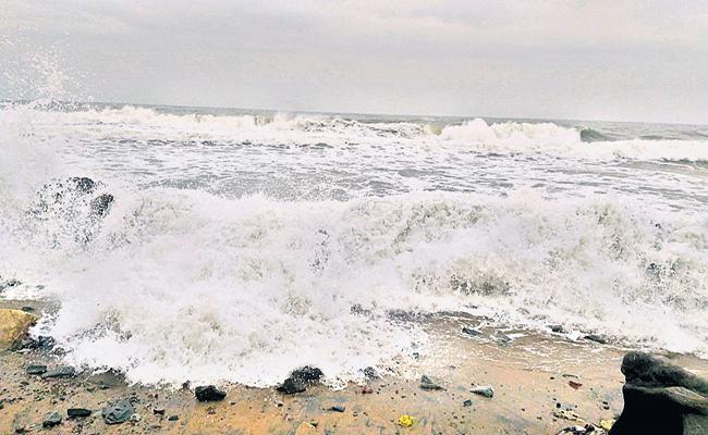 Heavy Rain Forecast For The Coastal Andhra - Sakshi