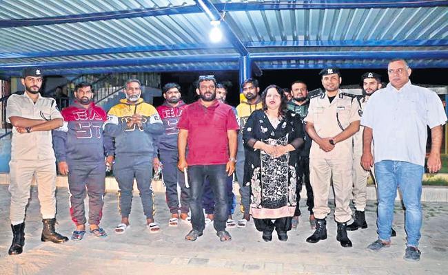 Srikakulam People Freed from kidnappers - Sakshi