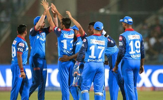 delhi capitals became second team to lost hundred ipl matches afther kxip - Sakshi