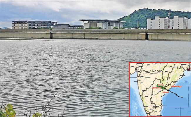 Heavy to very heavy rains fell in Costal Andhra - Sakshi