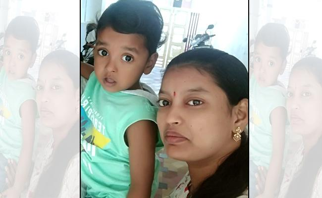 Housewife Disappear Along With Two Children In Hyderabad - Sakshi