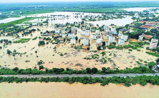 Alla Nani And Kursala Kannababu Comments About Flood Relief Programs - Sakshi