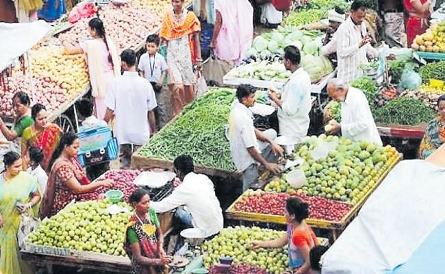 Wholesale price inflation rises to 1.32 percent in September - Sakshi