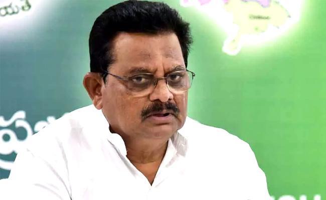 Minister Sri Ranganatha Raju Give One Crore Donation To GGH In Guntur - Sakshi