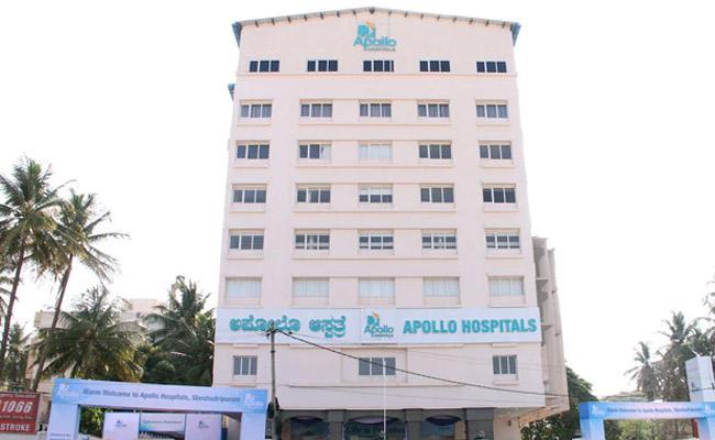 Apollo Hospitals says ready to administer 10 lakh coronavirus vaccines per day - Sakshi