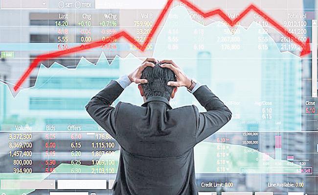 Sensex tanks 1,066 points on global selloff - Sakshi