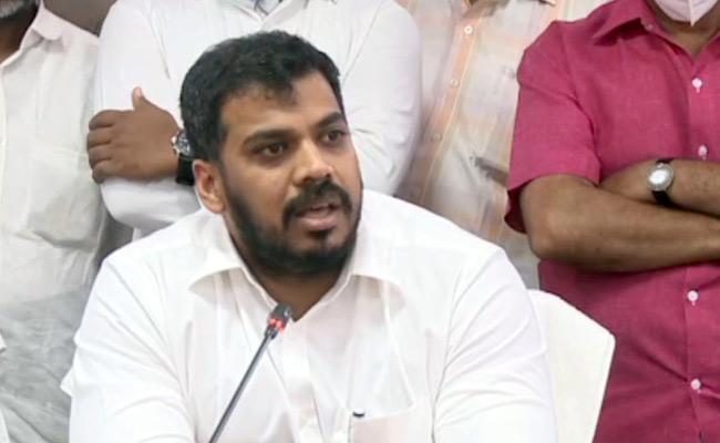 Anil Kumar Yadav Slams On Chandrababu Over House On Krishna River Bank - Sakshi