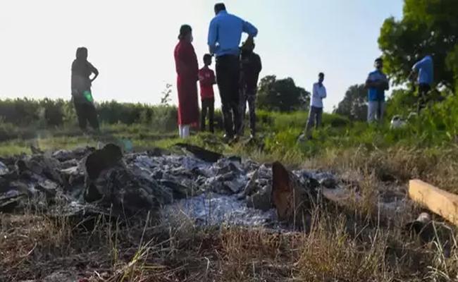 Hathras Case CBI Team Questions Victim Family Again - Sakshi