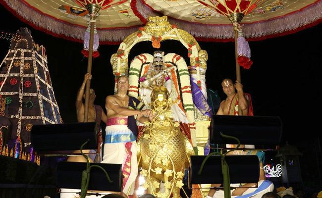 Lord Malayappa Swamy Blesses Devotees as Saraswathi On Golden Hamsa Vahana - Sakshi