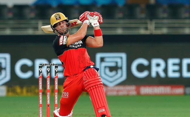 Massive Innigs By AB De Villiers Leads To RCB Victory Against Rajasthan - Sakshi