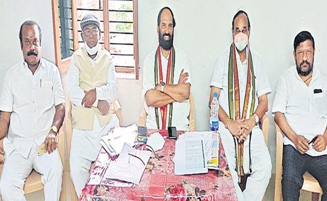 Uttam Kumar Reddy Says Silent war In Dubbaka Bypoll Campaign - Sakshi