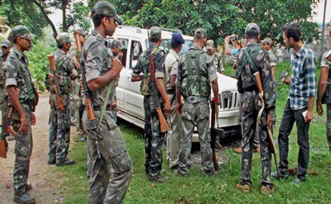 Two Maoists Departed In Encounter In Mulugu District - Sakshi