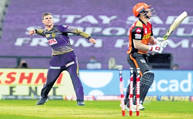 Kolkata Knight Riders beat Sunrisers Hyderabad in the Super Over  - Sakshi