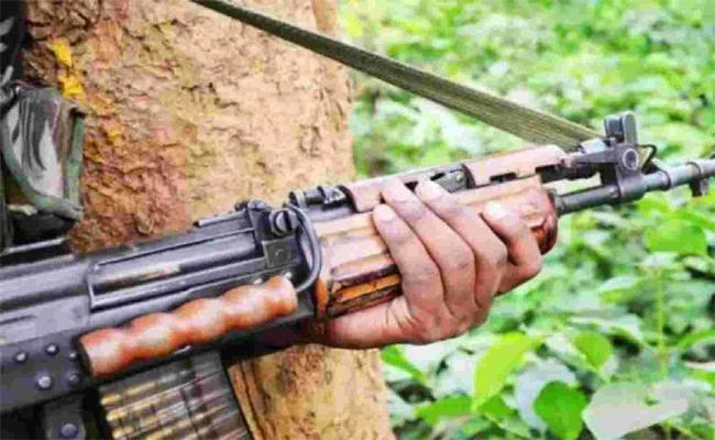Two Maoists Deceased In Encounter At Mulugu district - Sakshi