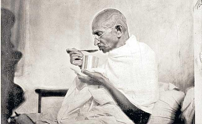 Special Story About Mahatma Gandhi On His Birth Anniversary - Sakshi