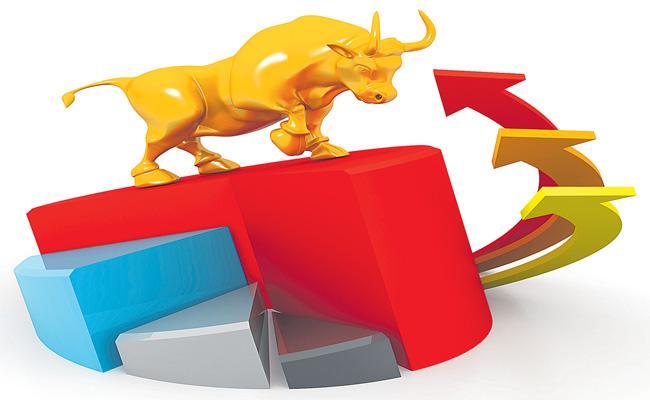 US stocks climb amid optimism around further economic stimulus - Sakshi