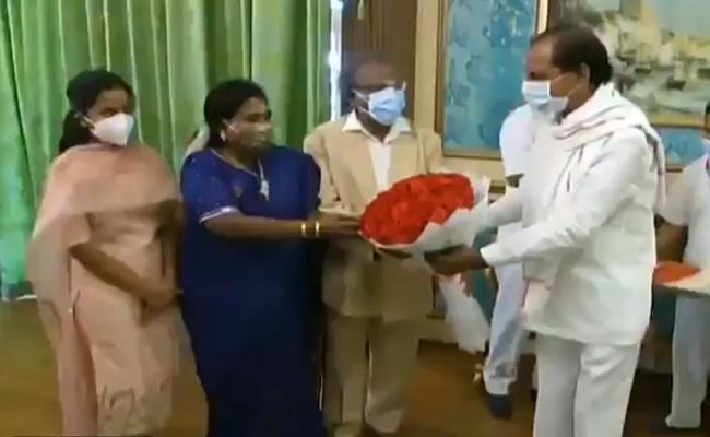 CM KCR Facilitates Governor Tamilisai Soundararajan Husband - Sakshi