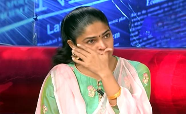 Actor Sivabalaji And Madhumitha Again Fires On Private School Fees - Sakshi