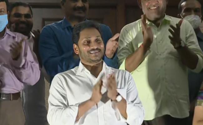 CM YS Jagan Mohan Reddy Hailed village, ward volunteers - Sakshi