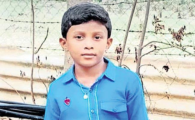 Boy Kidnapped In Mahabubabad - Sakshi