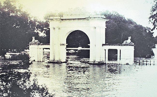 Story On 1908 Musi River Floods In Hyderabad - Sakshi