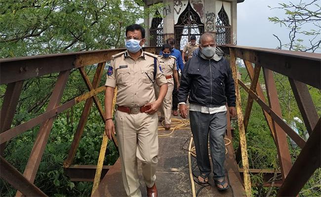 Quthbullapur MLA Vivekananda Goud Visits Fox Sagar Lake - Sakshi
