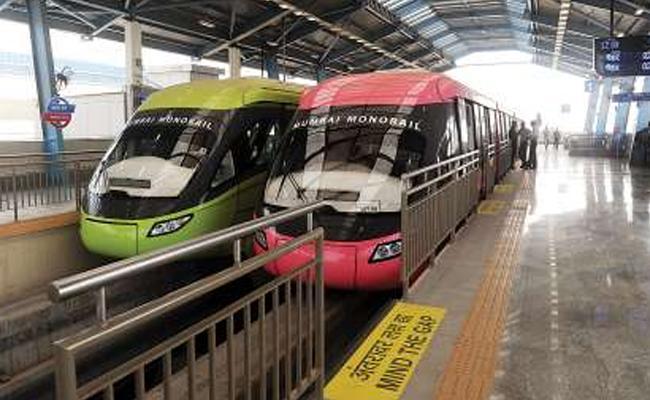 Poor Response For Mumbai Monorail Services - Sakshi