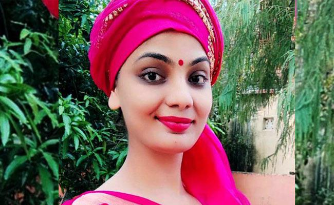 Neha Singh Rathore Tunes Going Viral On Social Media - Sakshi