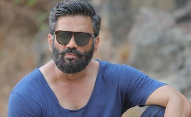 Sunil Shetty May Act As In Fighter Telugu Movie - Sakshi