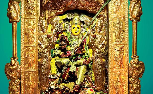 Durga Devi Darshan As A Sri Lalitha Tripura Sundara Devi On 6th Day - Sakshi