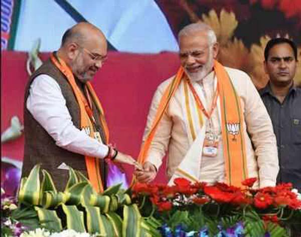 PM Narendra Modi Top Leaders Extend Birthday Greetings To Amit Shah - Sakshi