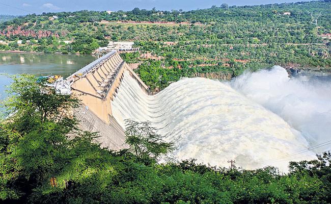 Flood intensity continues to Krishna river  - Sakshi