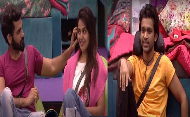 Bigg Boss 4 Telugu: Abhijeet Directions To Akhil, Monal Love Scene - Sakshi