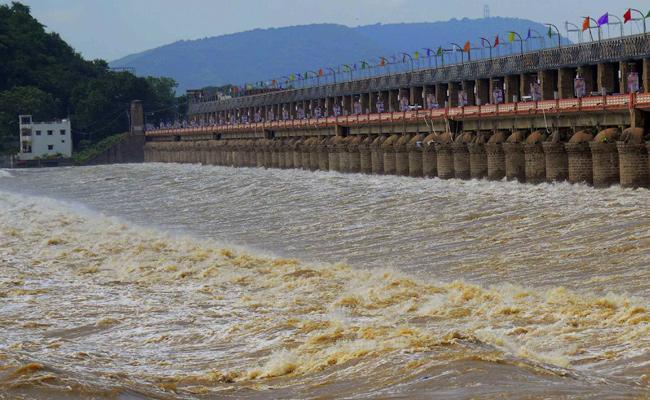 Heavy Rainfall This Monsoon Season All Over In Andhra Pradesh - Sakshi