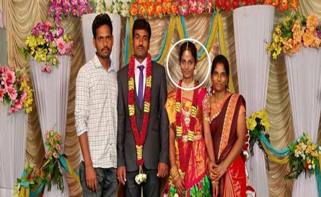 Married Woman Suicide In Chittoor District - Sakshi