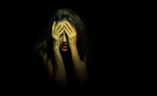 Girl Was Molested By Three Youths At Kurnool District - Sakshi