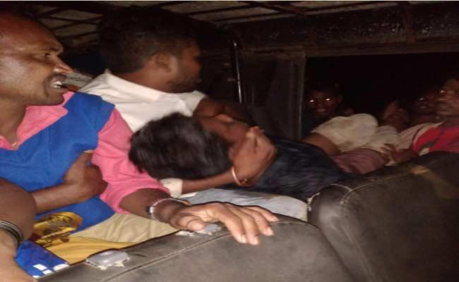 Two Deceased And Eight Injured In Road Accident At Madugula - Sakshi