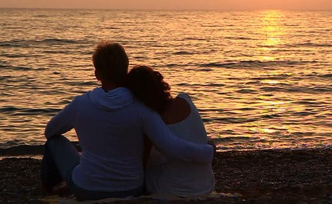 Mumbai Couple Gifted Honeymoon Trip Faces Charges Qatar Jail - Sakshi