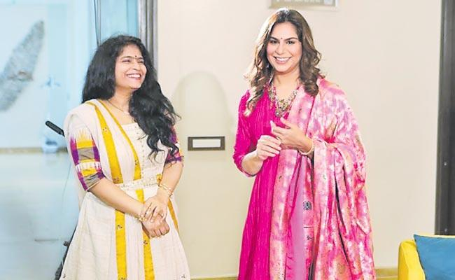 Upasana Releases Singer Usha Lakshmi Stotram Audio In Hyderabad - Sakshi