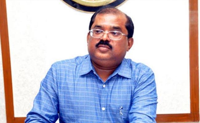 Collector MD Imtiaz Writes Corona Awareness Song In Vijayawada - Sakshi