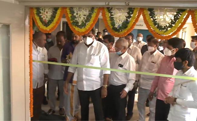 Metro Rail Corporations Regional Operations Started From Visakha - Sakshi