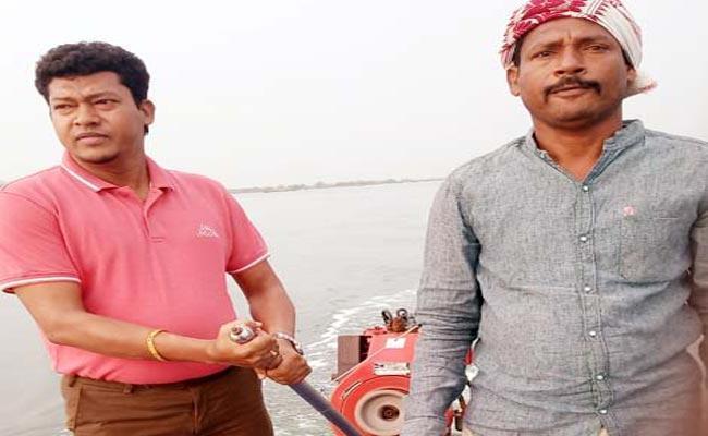 Minister Appalaraju Went To Fishing During Dussehra festival - Sakshi