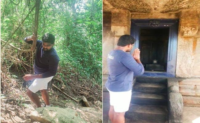 MLA Venkate Gowda Went On Foot And Visited Lord Shiva - Sakshi