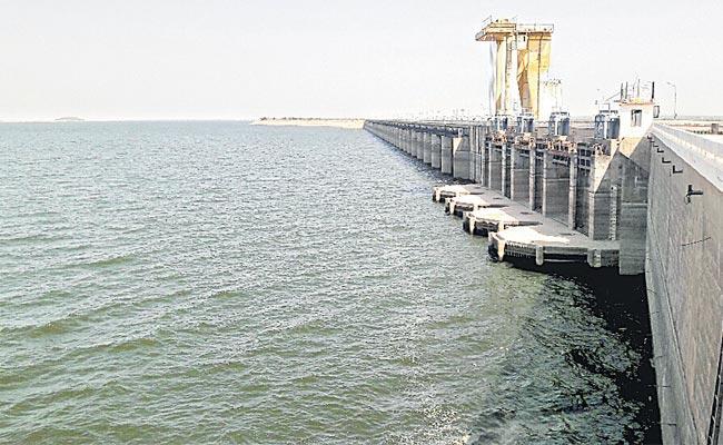 TS Govt Appeal To Godavari Basin Board Over Project Draft Notification - Sakshi
