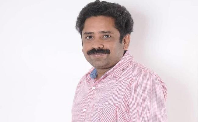 R Seenu Ramasamy Life In Danger Muttiah Muralitharan Biopic Row - Sakshi