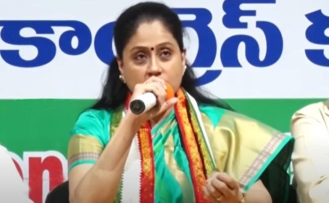 Congress leader kusuma kumar meets Vijayashanti - Sakshi