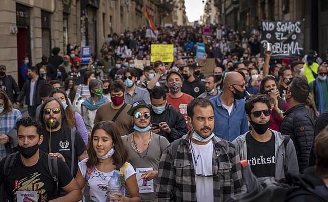 Anti Lockdown Protest In Europe - Sakshi
