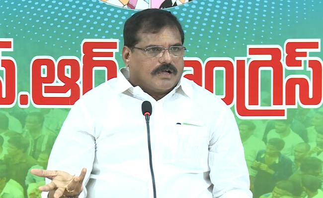 Botsa Satyanarayana Slams Chandrababu About Corruption In APTidco Houses - Sakshi