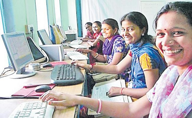 Microsoft and NSDC collaborate to empower 1 lakh womens on digital skills - Sakshi